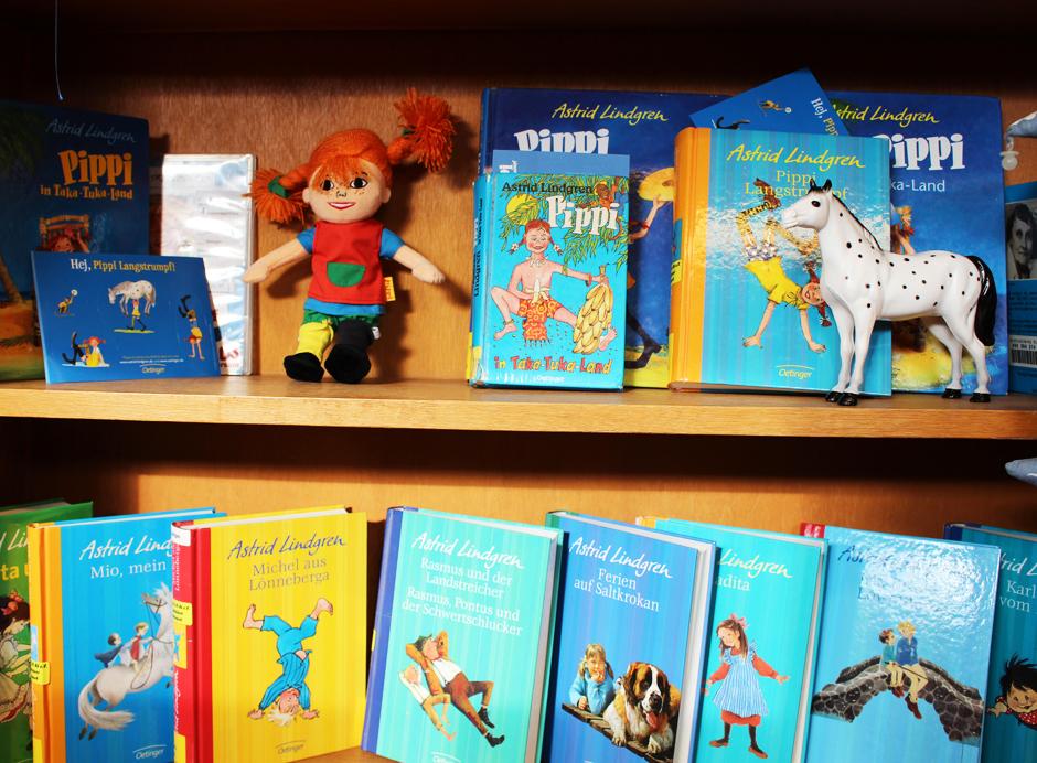KaN_KinderBuchTourDurchKiel_JuliLiest_KinderbüchereiSchützenpark_AstridLindgren_Foto_(c)www.kielamnil.de